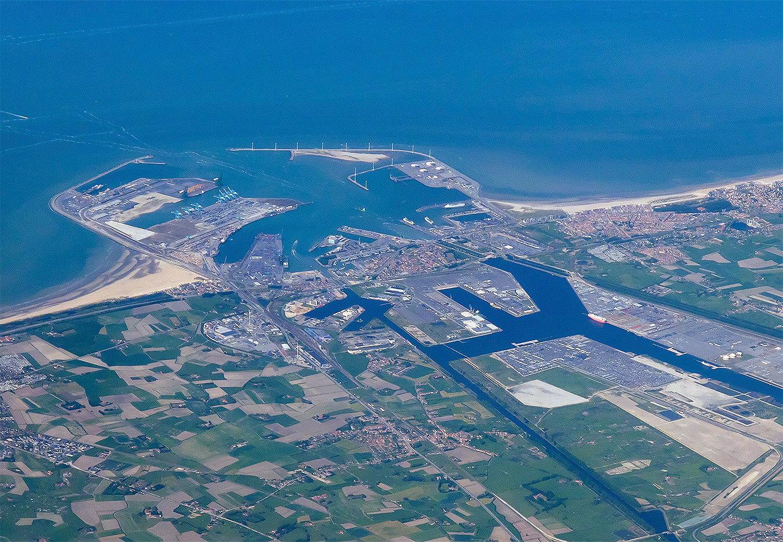 Luchtfoto Zeebrugge